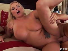 Curvaceous milf Briana Banks plays a naughty cheating wife tube porn video