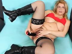 Jitule does a mother solo action with a dark adult toy tube porn video