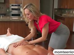 Big boobs stepmom Brandi Love 3some session on massage table tube porn video