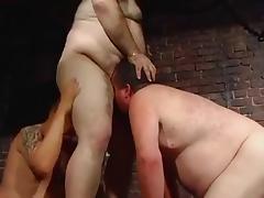 Big Chubby-bears sucking tube porn video