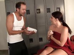 A physical therapist rubs her down and fucks her hard tube porn video