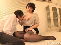 He peels off her pantyhose, eats then fucks her hairy pussy tube porn video