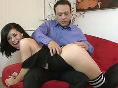 Cute brunette with a curvy body getting her pussy and asshole fingered tube porn video