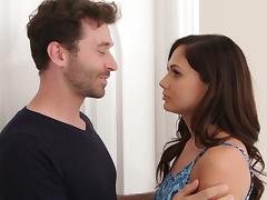 He blindfolds Ariana Marie then slowly makes love to her tube porn video