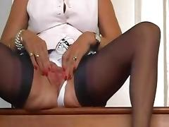 Mature slut in FF stockings plays with her pussy. tube porn video