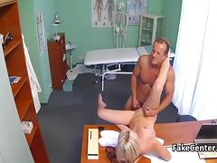Fake Checz doctor fucking the blonde amateur tube porn video