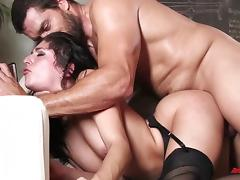 Nikki Knightly Knows Hot To Ride It tube porn video