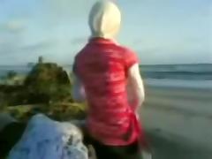 Arab girls have sex at the beach tube porn video