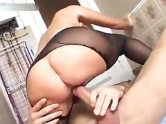 Pia Parker - Reife Ladys ficken junge Boys tube porn video