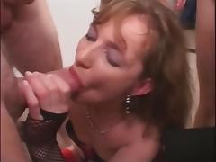 Nasty slut swallowing loads of cum tube porn video