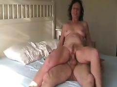 Weer in bed tube porn video
