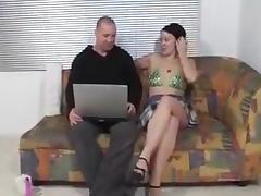 Op de bank lekker neuken met bob tube porn video