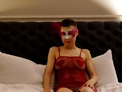 Babianen talk sexy and show the nice shaved pussy tube porn video