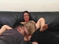 MFF Amateur Threesome tube porn video