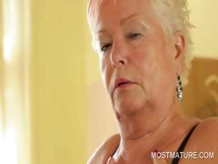 Mature babe working craving body tube porn video