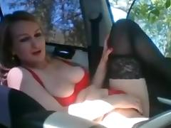 Romanian in her car tube porn video