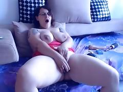 Mature Chubby cums on cam tube porn video