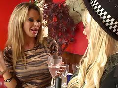 Kinkiest senoritas having an orgy with their muscular lovers tube porn video