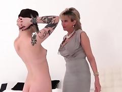 Unfaithful uk mature lady sonia showcases her huge naturals tube porn video