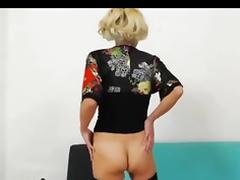 Huge pussy lips tube porn video
