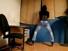 tx-milf in jeans tube porn video