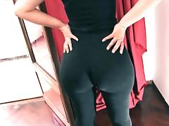 Enormous Big Round Ass! Tiny Waist! Cameltoe Pussy. Spandex tube porn video