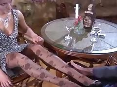 Russian milf feet tube porn video