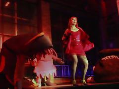 Vee Valentine - La Vore Girl Eaten Alive On Stage! tube porn video