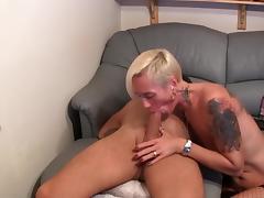 Habe meinen Haussklaven Anal abgeritten tube porn video
