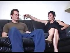 STP5 Moms Friend Brings Him Off ! tube porn video
