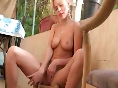 blond doing the laundry and the pussy tube porn video