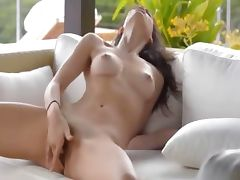 Absolutely gorgeous woman masturbating tube porn video