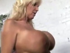 Slutty MILF and younger pigtailed daughter footjob brothas black dong tube porn video