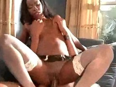 Hot Ghetto Black Milf Riding tube porn video