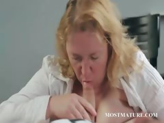 Cougar giving oral pleasure to a dude tube porn video