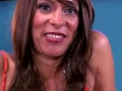 Sexy mature with tattoos tube porn video