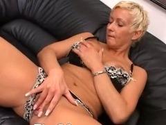 blond mature having vagina fisted hard tube porn video