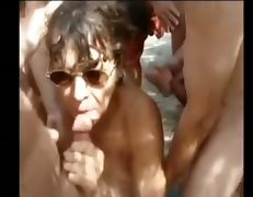 Beach slut tube porn video