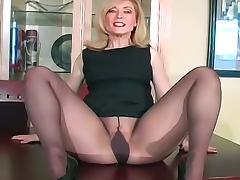 Glamorous Nina Hartley in pantyhose tube porn video