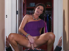 Tanned babe India Summer is sucking dick of Johnny Sins tube porn video