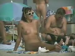 Voyeur camera on nude beach tapes some hot babes naked tube porn video