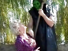Granny gets a lesson from masked man tube porn video
