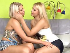 A pair of beautiful blondes gobbling one another's boxes tube porn video