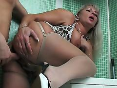 Russian Mature and much younger boy tube porn video