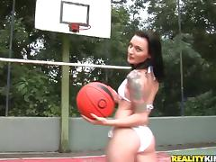 Hot sex with a Brazilian chick on the basketball court tube porn video