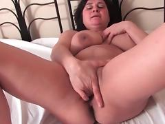 Mature brings out her big tits and masturbates tube porn video