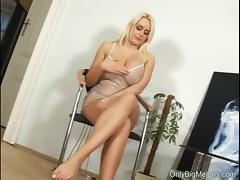 Pamela Boobs and Pussy Play tube porn video