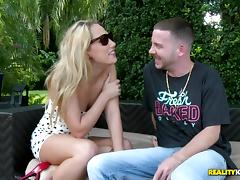 Hot Bush - Muff diving tube porn video