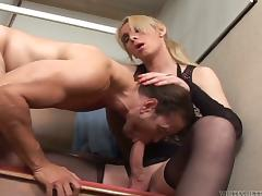 Venal elfin bigwig is fucking her employee at function tube porn video