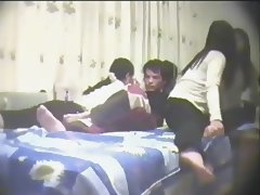 Chinese Amateur Threesome pt1 tube porn video